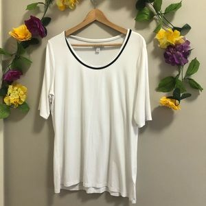 Banana Republic White T-Shirt Black Trim